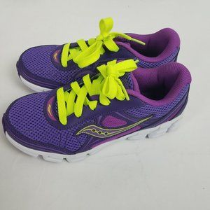 NWT Saucony Girl's Kotaro 2 Lace Sneaker Size 3M